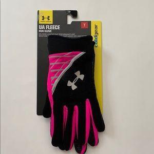 New Under Armour Fleece Run Glove Youth size